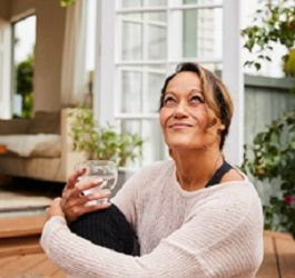 How to Filter Water of Contaminants at Home